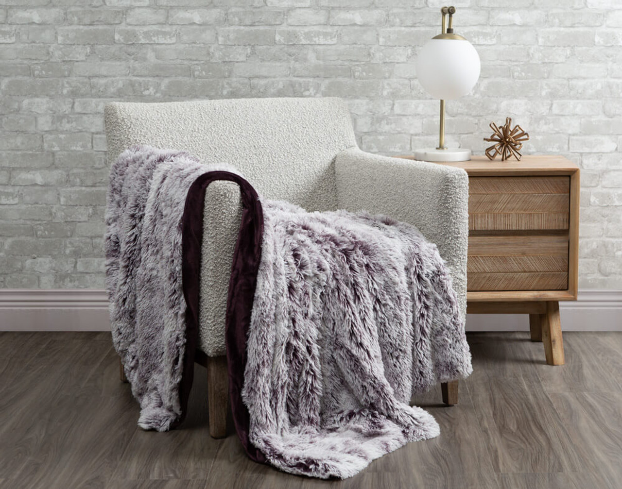 Frosted Shaggy Throw in Purple.