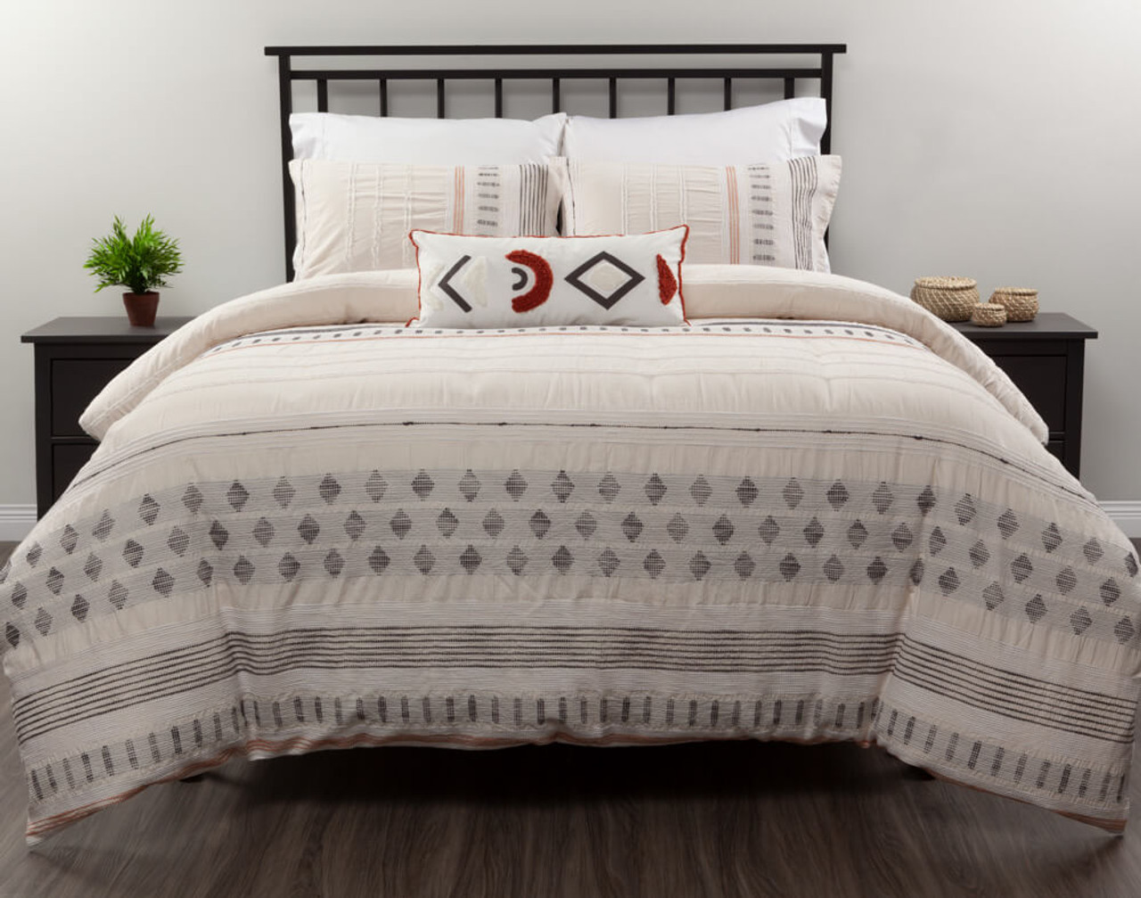 Gibson Bedding Collection, front view.