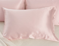 100% Mulberry silk pillowcase in blush with background