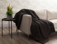 Faux Rabbit Plush Throw sherpa reverse in Onyx Black