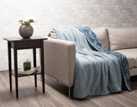 Sherpa reverse of Diamond Etched Throw in Tidewater, a soft blue