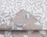 Sewing detail of the Amaryllis Coverlet Set .