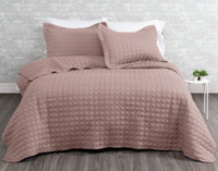 Ringo Coverlet Set in Woodrose, a deep blush pink colour.