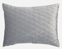 Calme Weighted Quilt Set pillow sham.