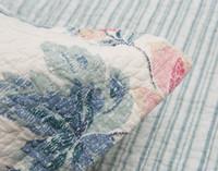 Close up of flange on Lyra Cotton Quilt Set.