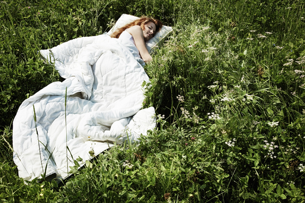 Don't Sweat It: The Ultimate Warm Weather Bed