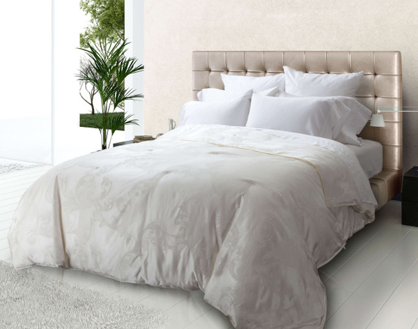 Cocoon Yourself! Everything You Need to Know About Silk Duvets