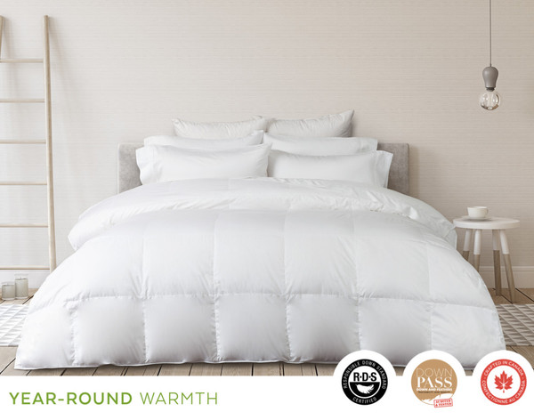 Eminence Hungarian White Duck Down Duvet, front view