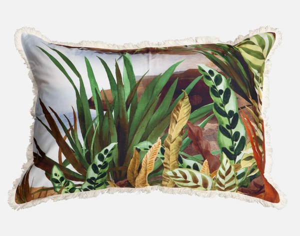 Belize features a fringe flange around the pillow sham.