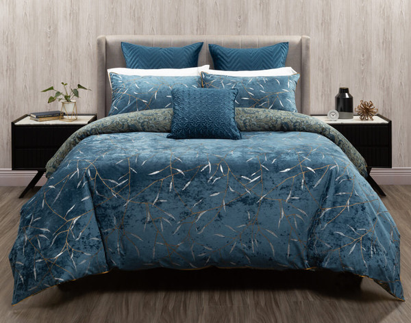 Front view of the Charisma Duvet Cover and its velvet surface.