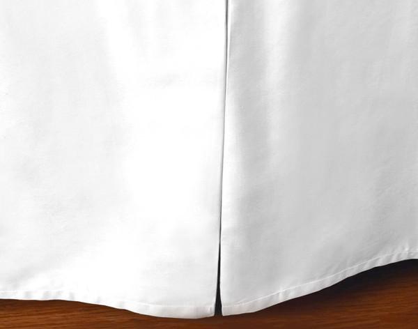 Cotton Blend Bedskirt in White.