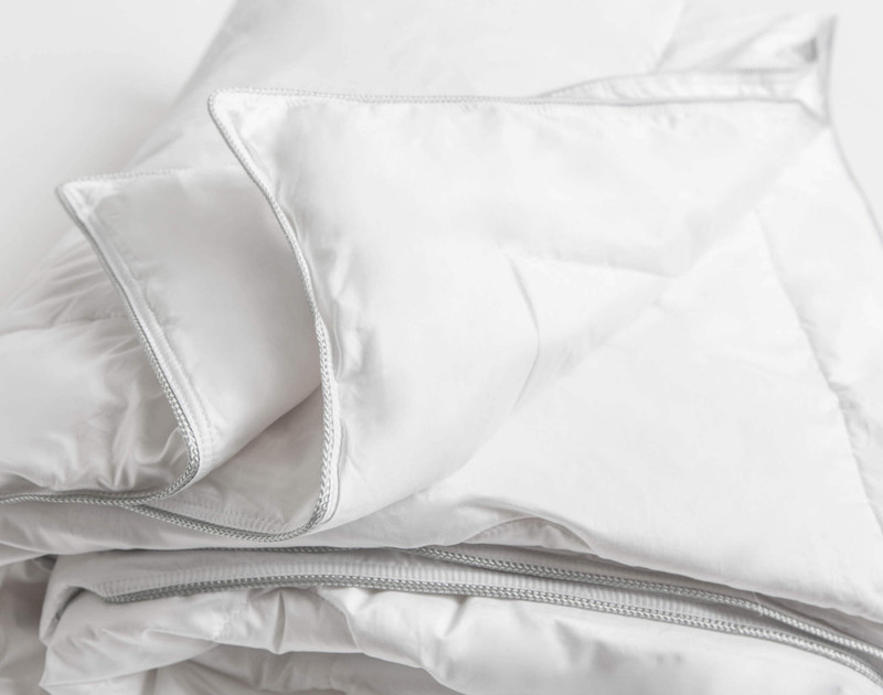 Meridian Mulberry Silk Duvet, folded corner close-up