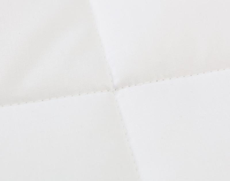 Carmanah Microgel Duvet, box stitch close-up