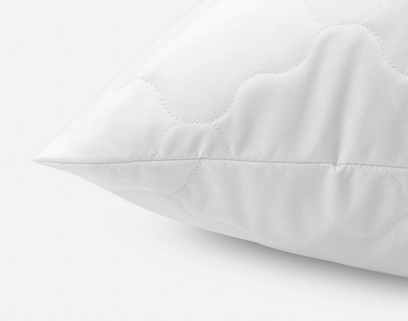 Quilted Pillow Protector, seam view.