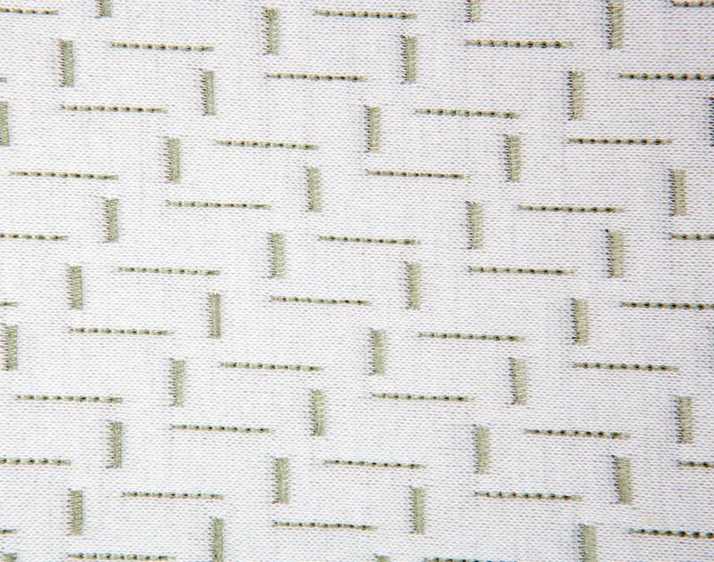 MLILY® Bamboo Charcoal Memory Foam Pillow close-up.
