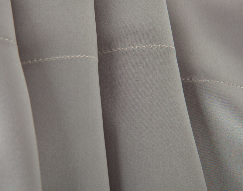 100% Mulberry Silk Pillowcase in Silver seam close-up.