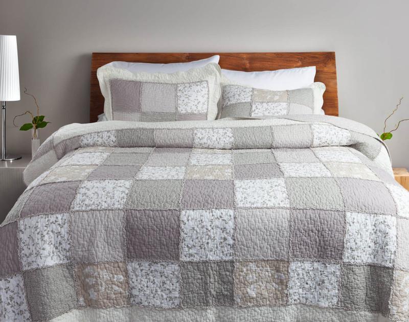 Graveley Cotton Quilt Set .