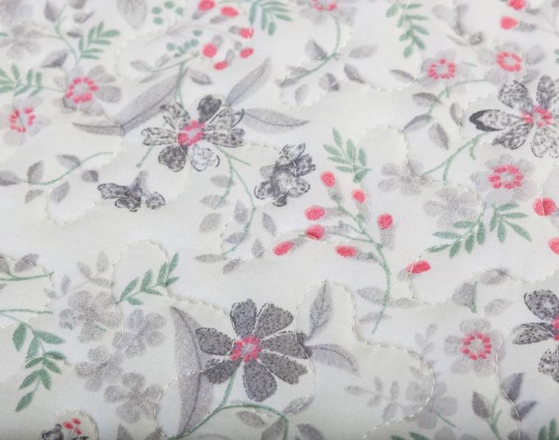 Lorelai Coverlet Set floral pattern