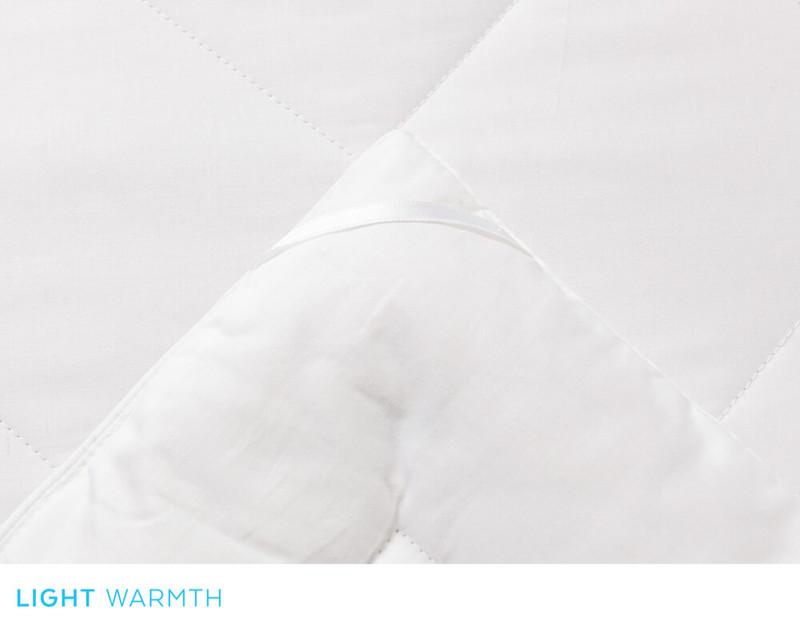 Savannah Light Weight Silk Duvet, corner close-up