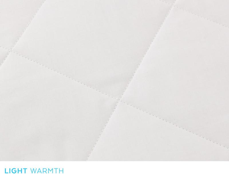 Savannah Light Weight Silk Duvet, box stitch close-up
