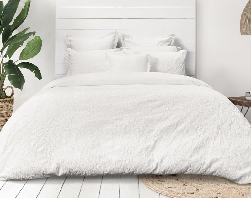 Front view of Palma Bedding Collection.
