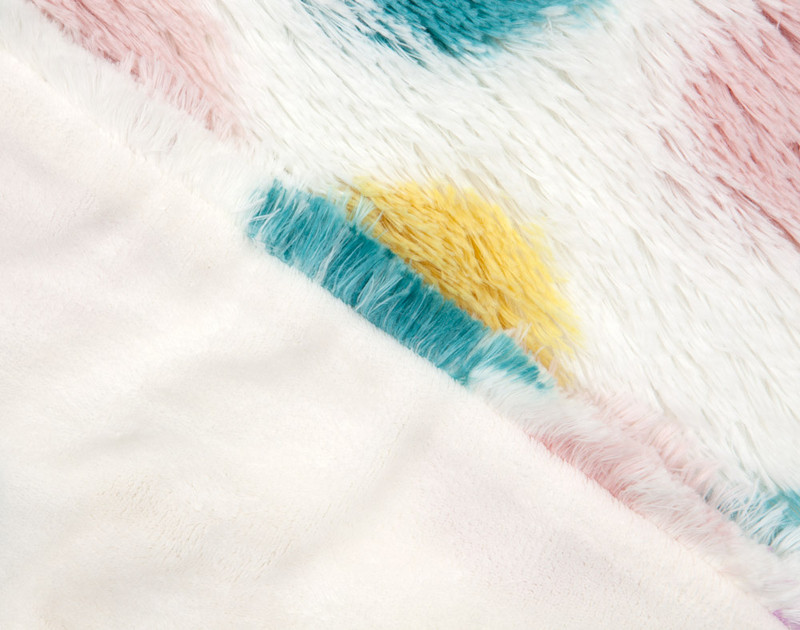 Close up of side by side view on Frosted Shaggy Throw in Dots.