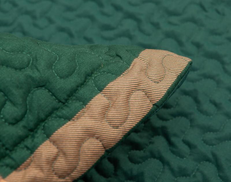 Close up of flange.
