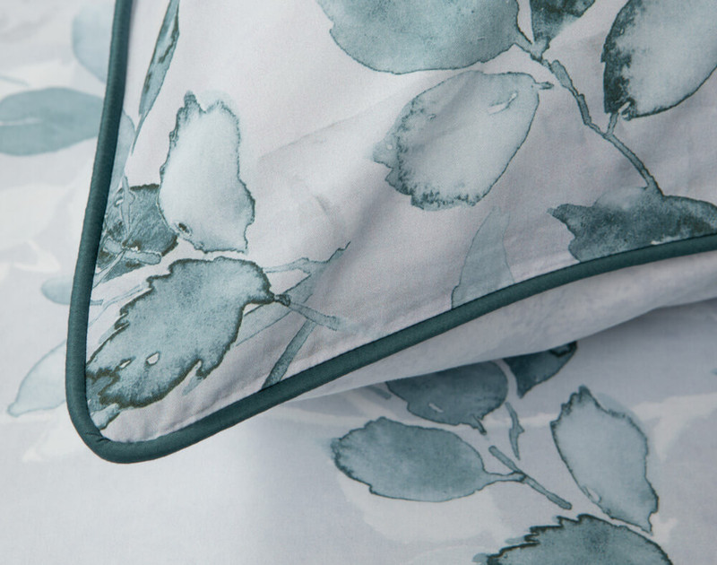 Close up of teal piping on Aspen Pillow Sham