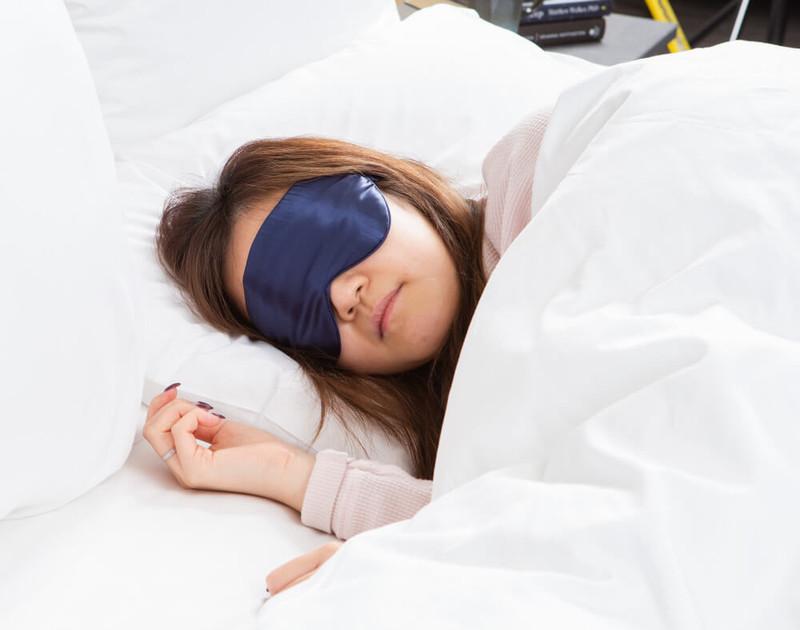 100% Silk Eye Mask in Navy blue.