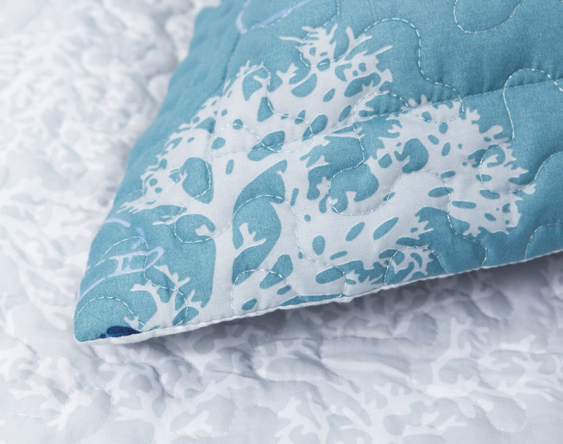 Close up of Shells Pillow Sham flange.