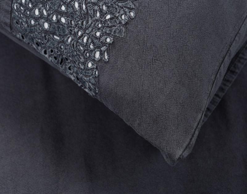 Close up of Florencia sham side envelope-closure.