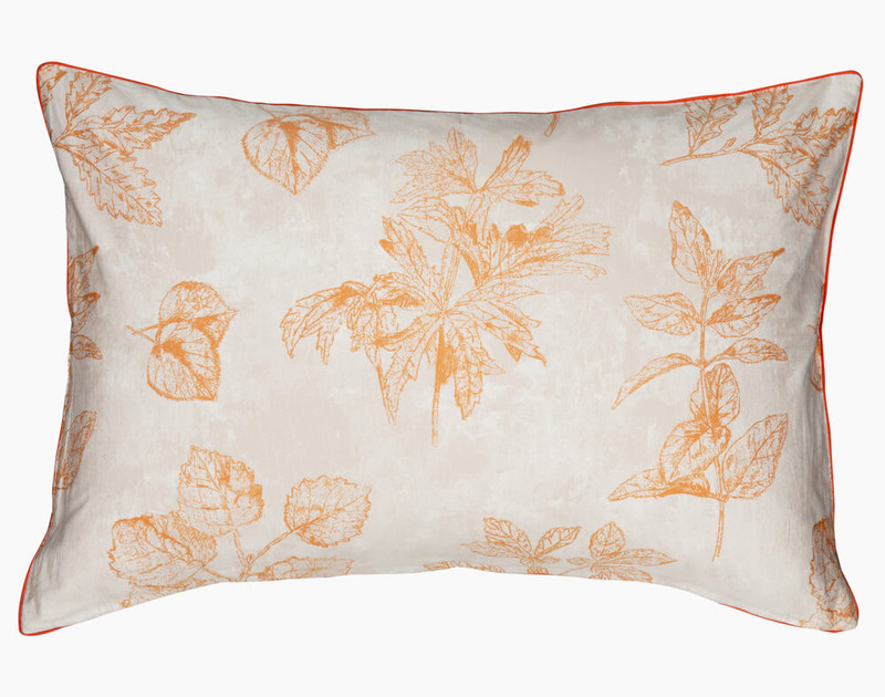 Woodhaven Pillow sham reverse, finished with a dark orange piping