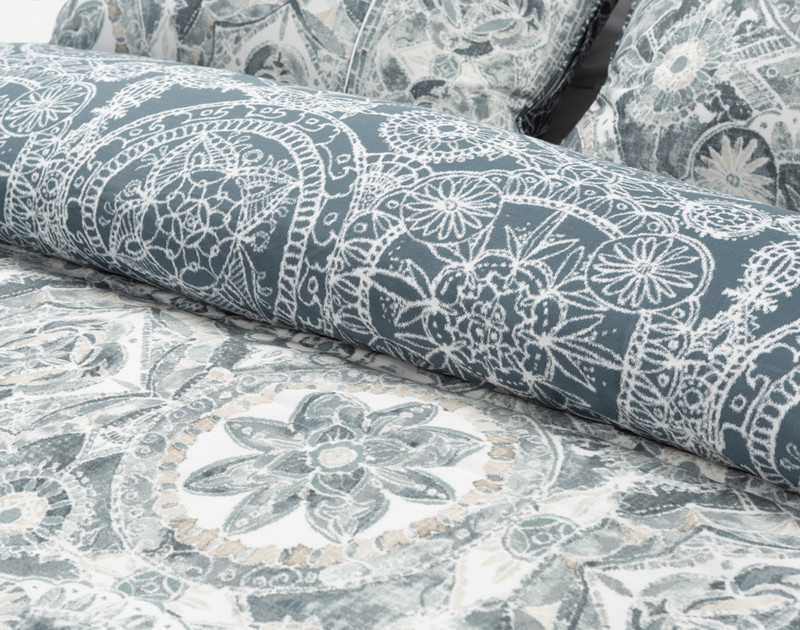 Sonesta duvet cover front and reverse show together
