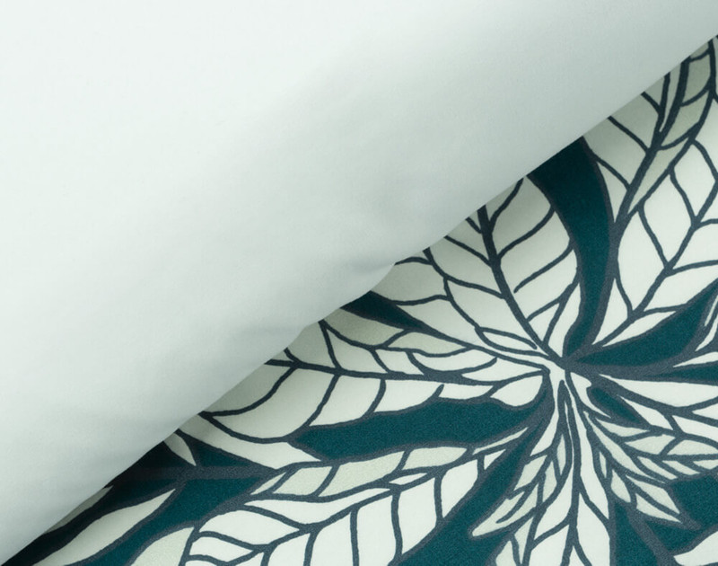 Front and reverse of Cozumel duvet cover, side by side