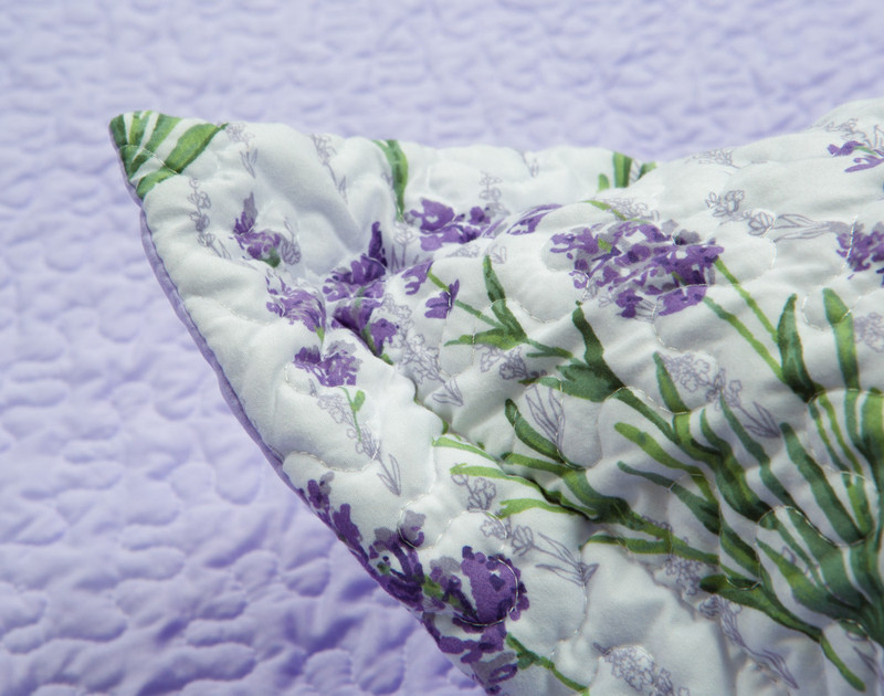 Close up of Beth Pillow Sham flange