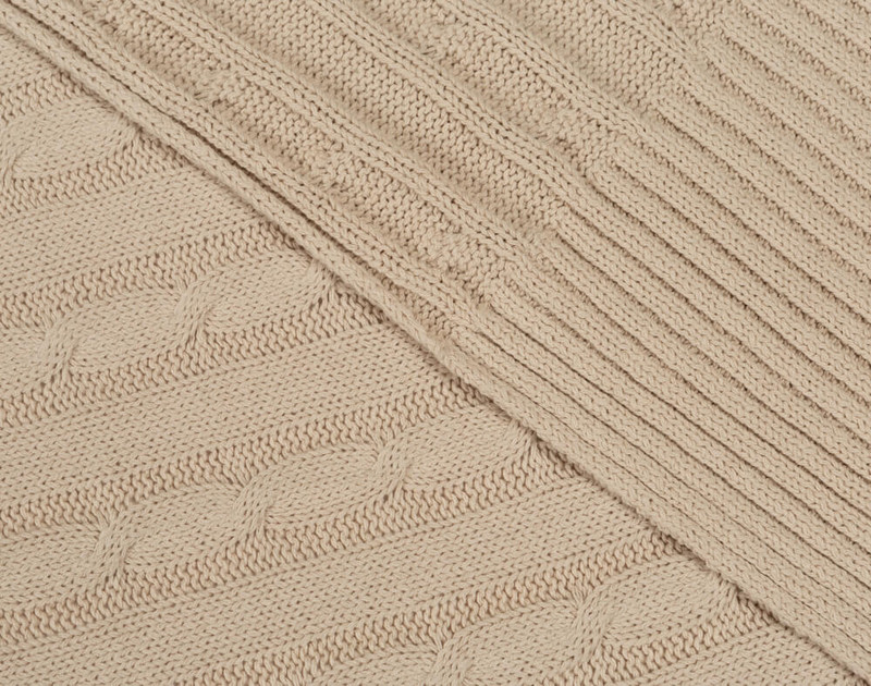 Close-up of front and reverse sides of Cable Rib Knit Beige Throw in Natural.