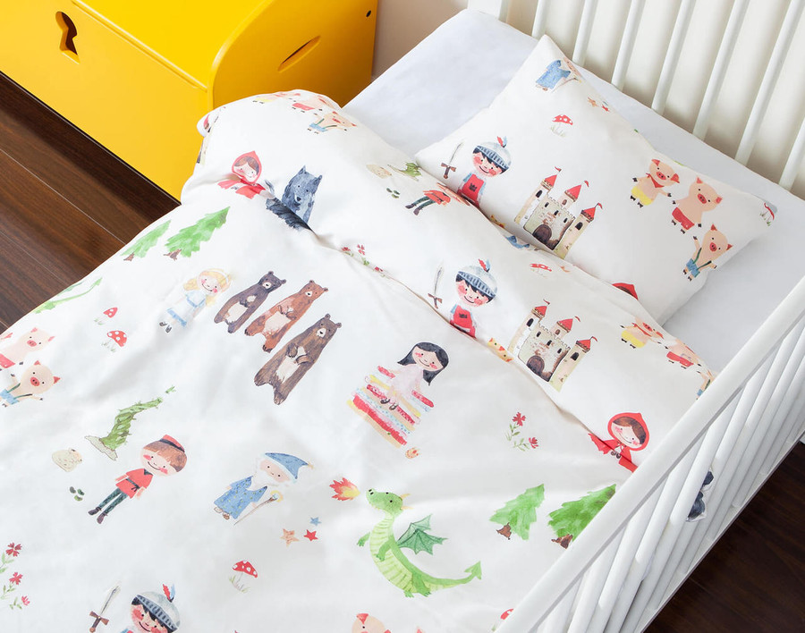 Story Time Crib-Sized Duvet Cover Set