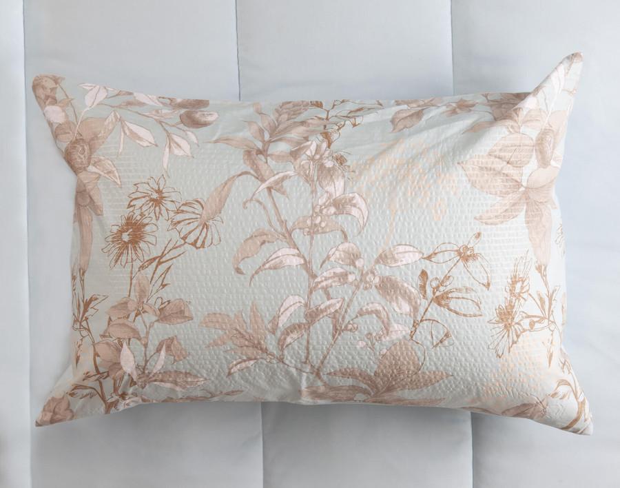 Vale Comforter Set