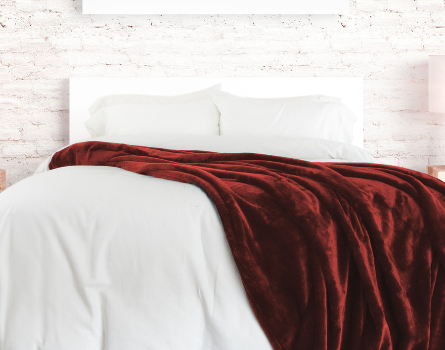 Cashmere Touch Fleece Blanket - Pomegranate