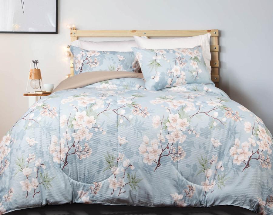 Emilia Comforter Set