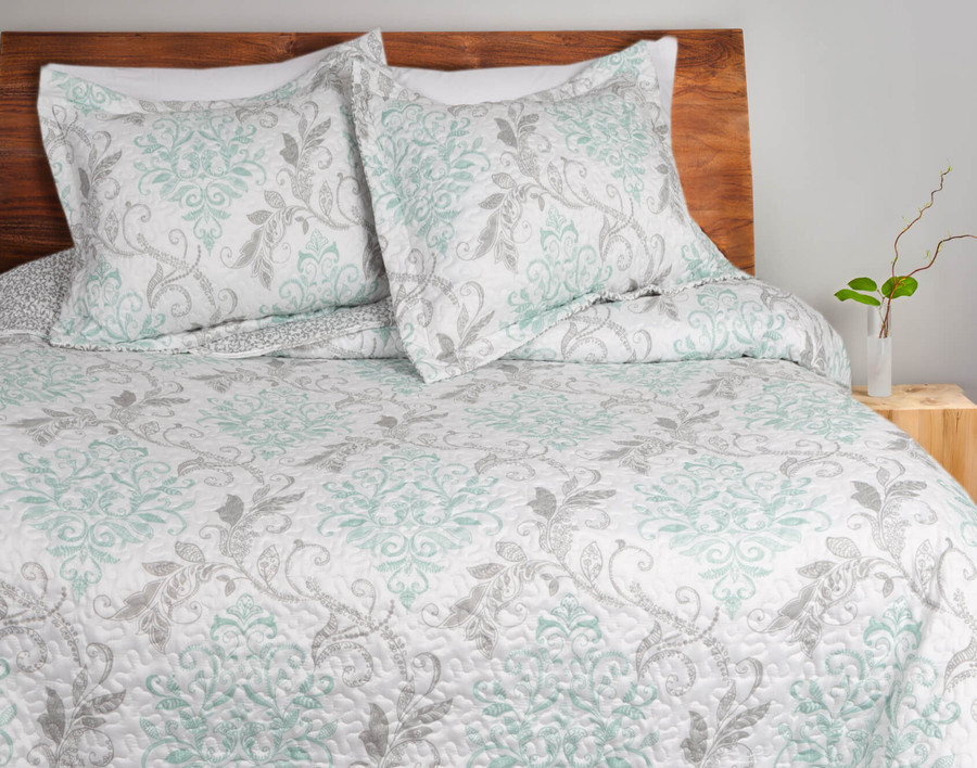 Maya Coverlet Set**