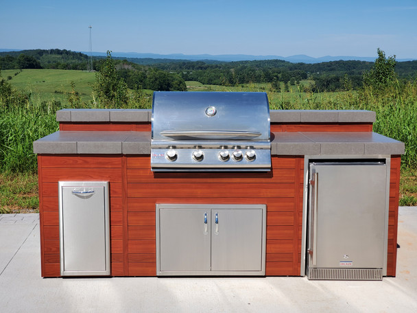 Luxury Finished Outdoor Kitchen **Display Model**