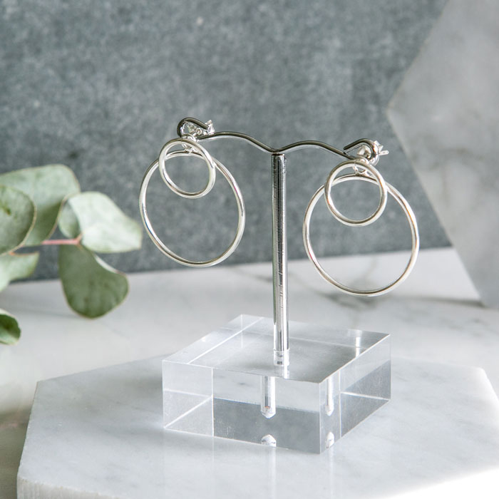 shop earrings, click here