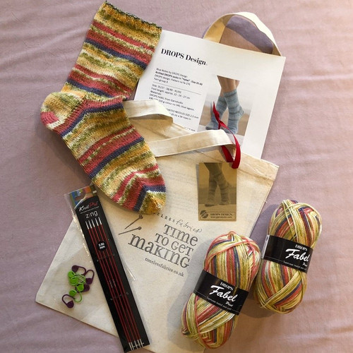 Beginner Plain Sock Knitting Kit