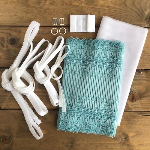 Turquoise/White Art Deco Bra 8229 Kit