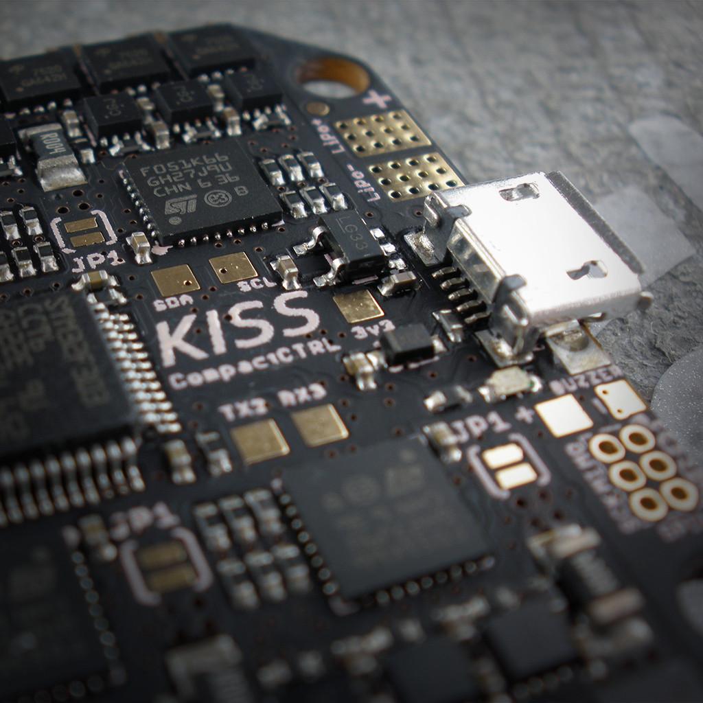 KISS CompactCTRL CC All-in-One (r)