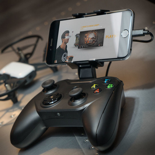 Rotor Riot Wired Video Game & Drone Controller ( iPhone Compatible ) (r)