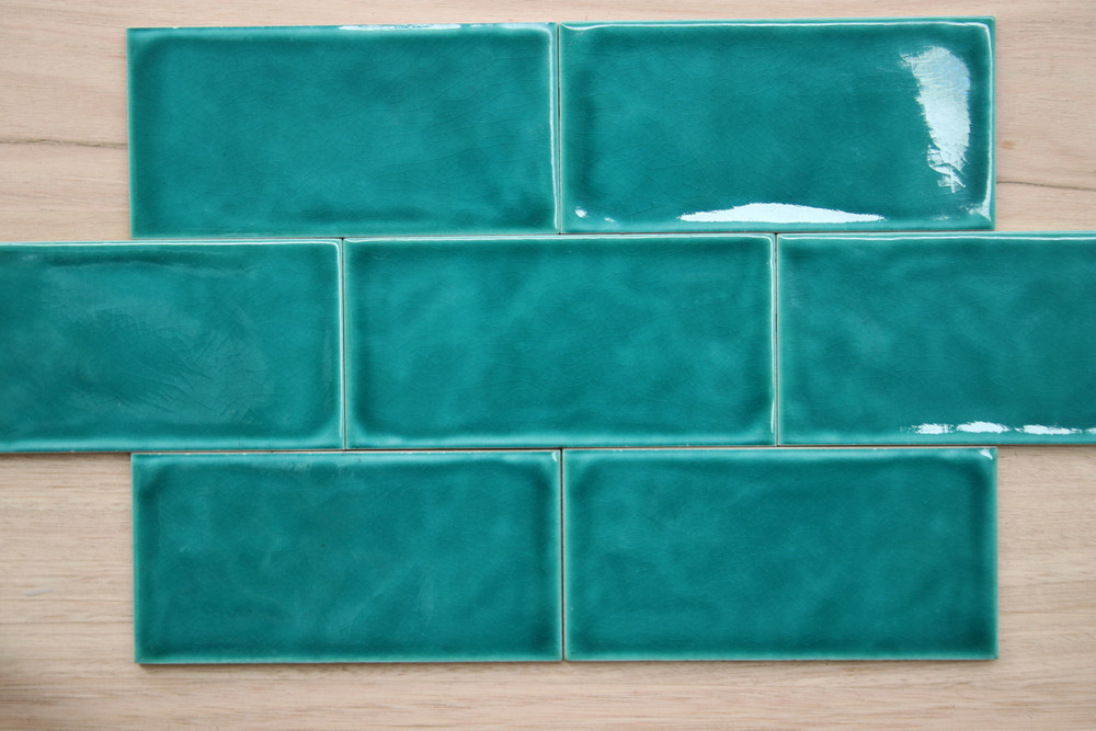 Mid Green Craquelle Subway Tile