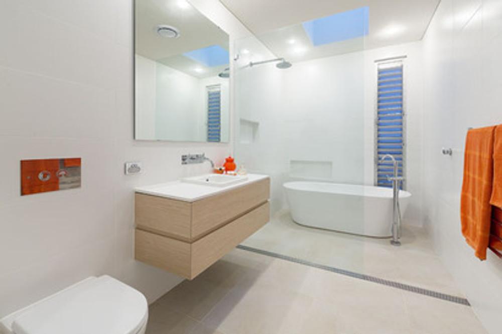 White Matt Wall Tiles 600x300mm