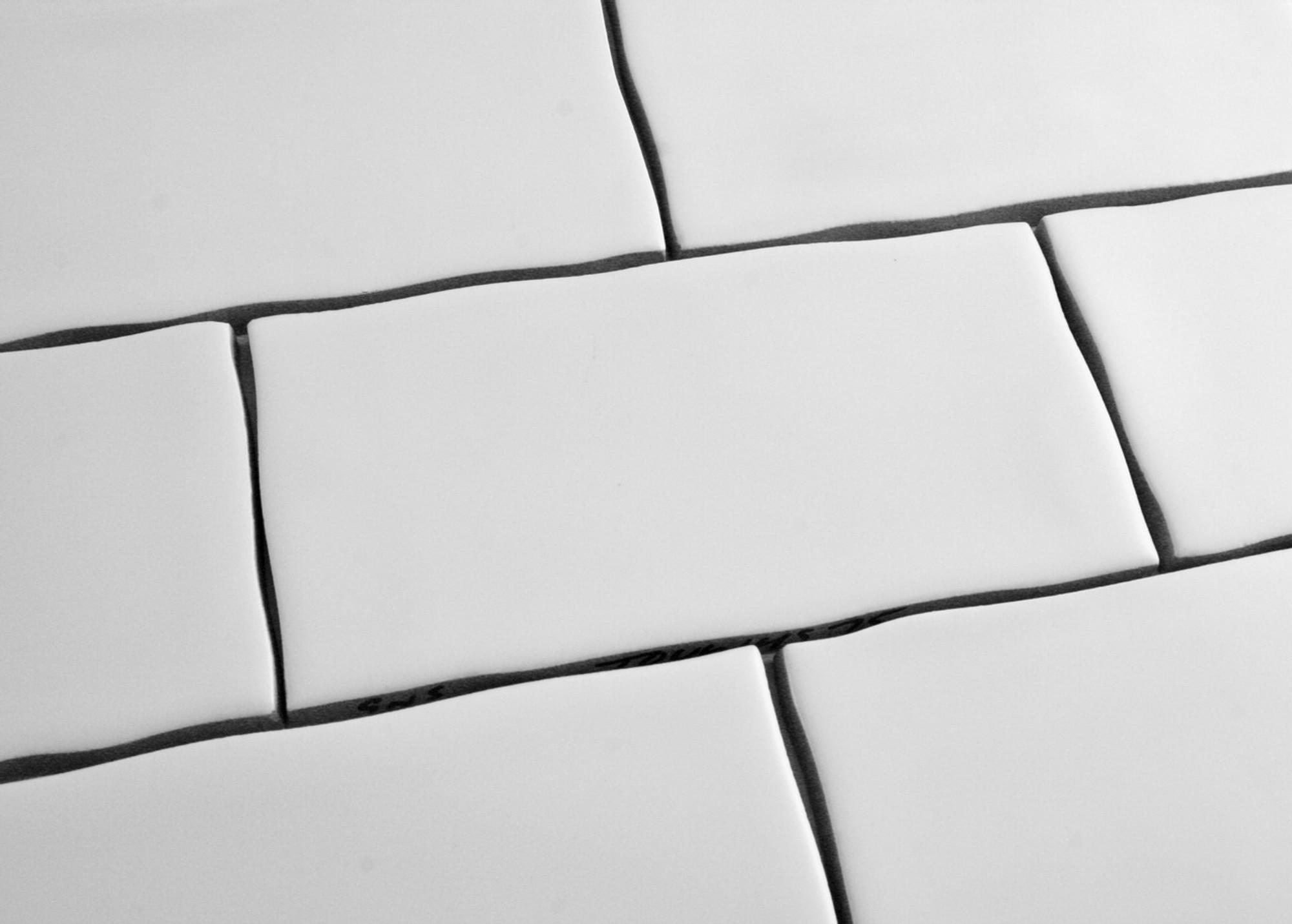 white gloss subway tile 75x150mm